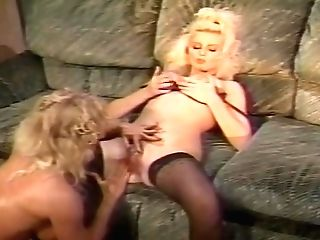 Retro Musle Mummy Faux-cock Fucked