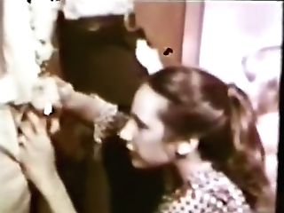 Peepshow Loops 423 1970's - Scene Three