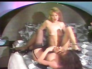 Hot Girl-on-girl Beotches In Orgy Scissoring