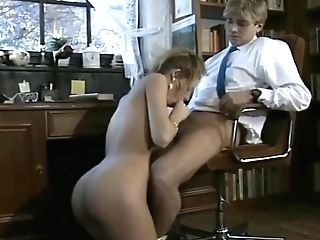 Woman Fucked In An Office