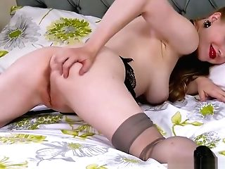 Blonde Office Biotch Frolicking Vagina In Stilettos Retro Nylons